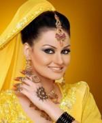 Trends Of Bridal Mehndi Makeup For Summer Season 0011