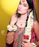 Trends Of Bridal Mehndi Makeup For Summer Season 009