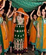 Trends Of Green Mehndi Dresses 2014 For Women 006