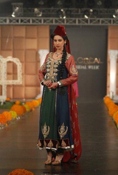 Trends Of Green Mehndi Dresses 2014 For Women 008