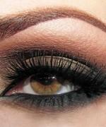 Trends Of Smokey Eyes In Summer Season 0001