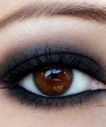 Trends Of Smokey Eyes In Summer Season 013