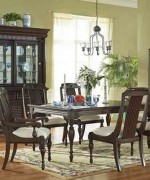 Best Ideas For Small Dining Room Decoration 007