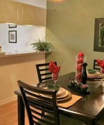 Best Ideas For Small Dining Room Decoration 008