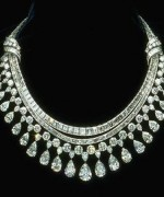 Designs Of Diamond Necklaces 2014 For Women 005