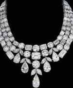 Designs Of Diamond Necklaces 2014 For Women 009