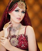 Designs Of Jhoomar And Matha Patti For Women 005