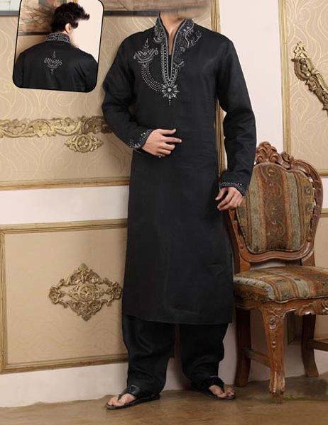 Embroidered Mehndi Dresses 2014 For Men 003