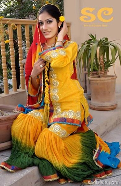 Fashion Of Sharara Mehndi Dresses 2014 For Women 0010