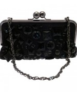 Trends Of Clutches With Chain Straps For Parties 008
