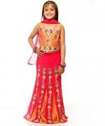 Trends Of Mehndi Dresses 2014 For Kids 008