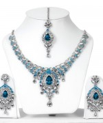 Trends Of Necklace Stones Designs For Women 0012
