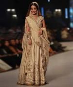 Wedding Anarkali Frocks 2014 For Walima Brides 001