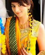 New Bridal Hairstyles 2014 For Mehndi Function 0014
