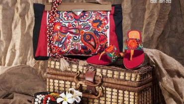 Gul Ahmed Winter Fashion Accessories 2014 For Women 3