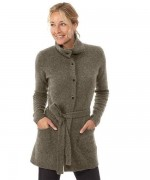 New Designs Of Winter Long Sweaters For Women 004