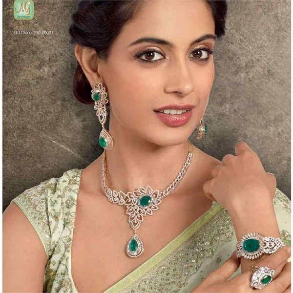 Diamond Necklaces 2015 For Girls 002