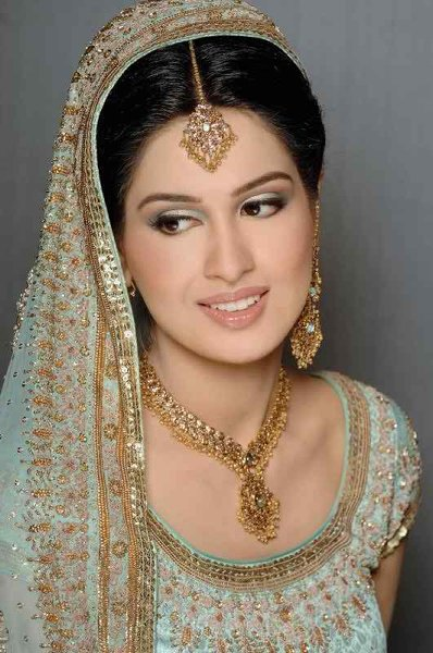 Gold Jewelry Sets For Brides