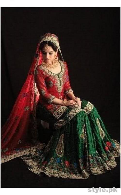 Latest Bridal Gharara Designs 2017 In Pakistan 3