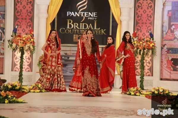 Latest Trends Of Bridal Maxi 2015 In Pakistan 8