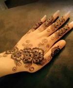 Simple Mehndi Designs- Beautiful Mehndi Designs 0013