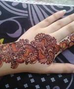 Simple Mehndi Designs- Beautiful Mehndi Designs 004