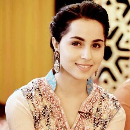 Actress Nimra Khan