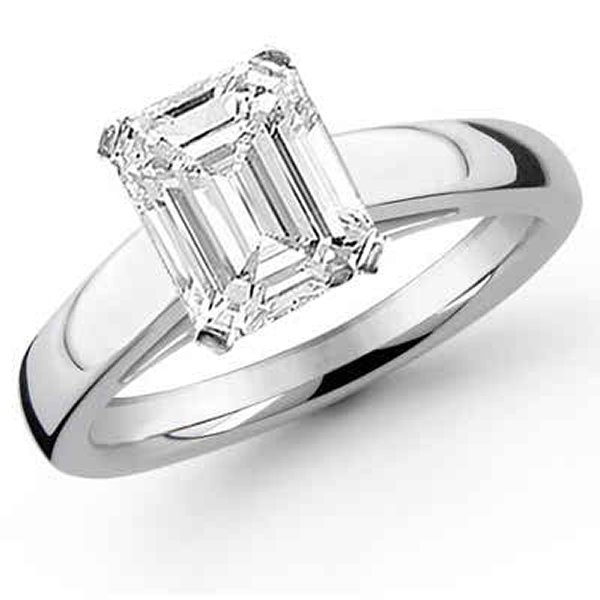 New Designs Of Emerald Cut Engagement Rings 2015 0012