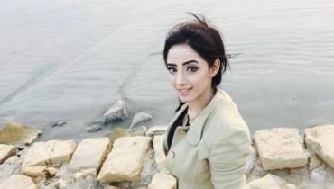 sanam chaudhry selfies
