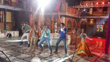 Mathira Performs Item Song In Blind Love001