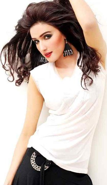 Which Pakistani Aged Actresses Are Unmarried 006