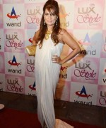Why Pakistani Actresses Wear Western Clothes In Shows 006