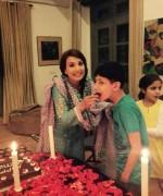 reham khan with kids