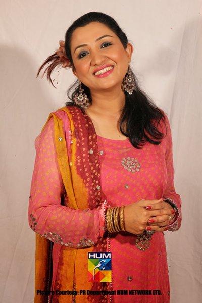 Top 5 Popular Comic Female Actresses In Pakistan TV Industry004