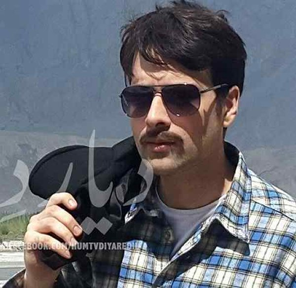 Which Pakistani Actors Rock On TV Screens With Moustaches002