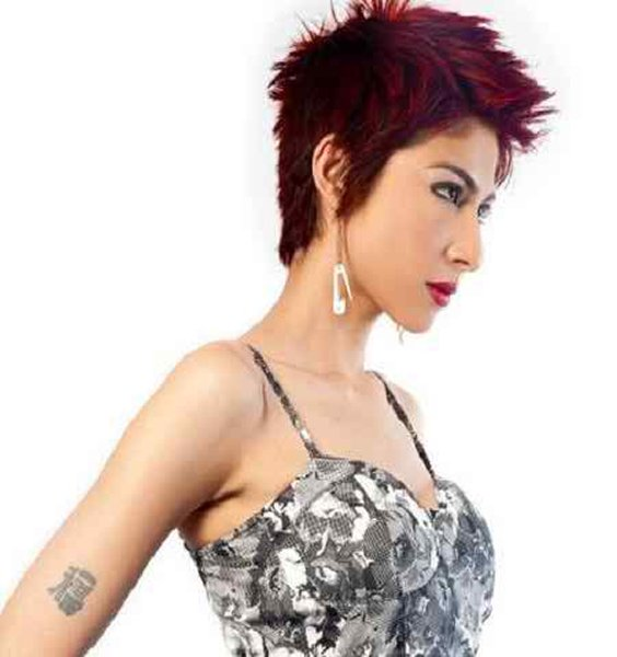 Which Pakistani Female Celebrities Rock With Boy Haircut007