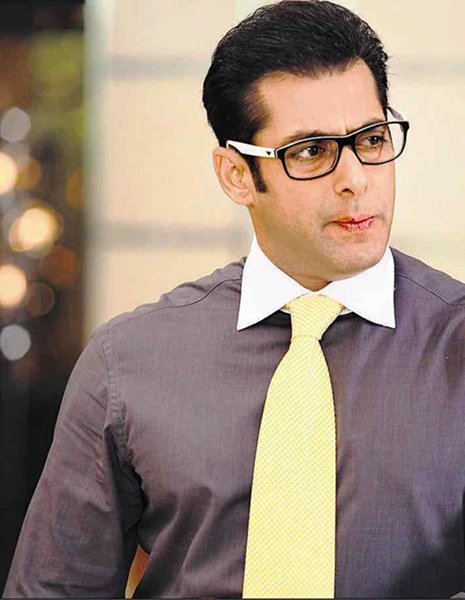 Why Pakistani Stars Are Better Educated Than Bollywood Stars006