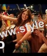 Bold looks of Ayesha Omar in item number Tutti Frutti 2