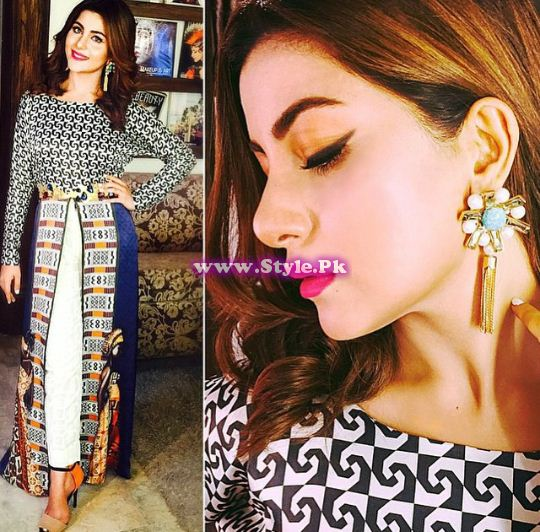 See Weights of top 8 Pakistani Celebrities