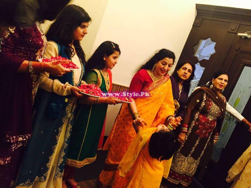 Mehndi Ceremony Sms : Mehndi ceremony of anchor mukarram kaleem on channel