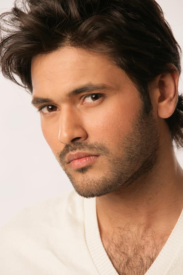 See Pakistani Celebrities who are doctors