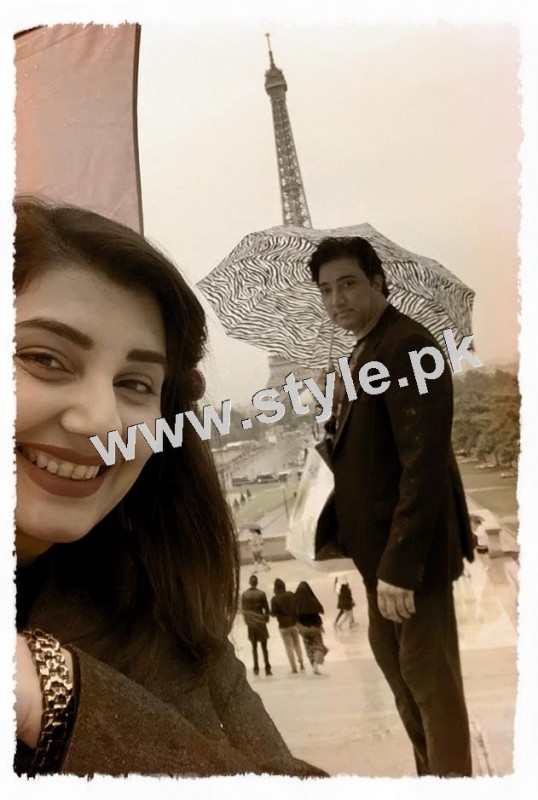 Pictures of Javeria and Saud with Family in Paris 4