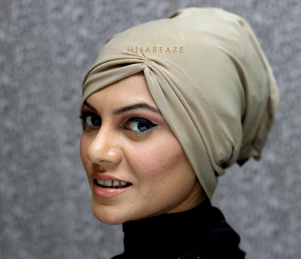 ... See underscarves collection of Hijabeaze 2015 by Urooj Nasir ... - Underscaf-hijab-cap-9
