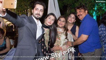 See Ayeza Khan's first public appearance after her baby's birth
