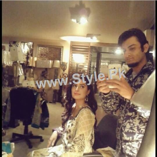 Ayeza Khan's upcoming drama is POSHAK (3)