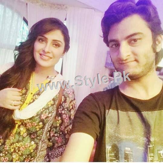 Ayeza Khan's upcoming drama is POSHAK (7)