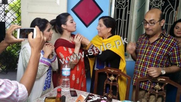 Birthday Celebrations of Samina Peerzada (14)