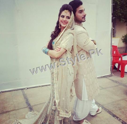 Fatima Effendi and Kanwar Arsalan are appearing as couple in a TVC (3)