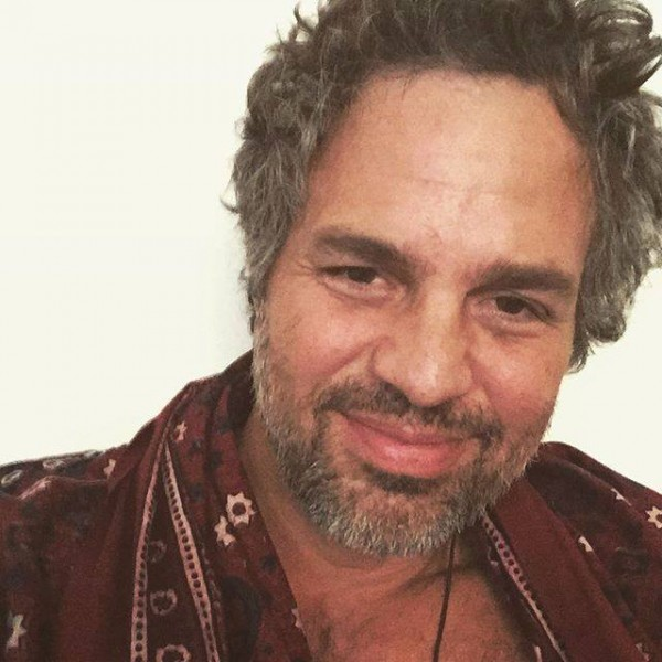 See Mark Ruffalo depicting Sindhi Culture-The hulk Khappay