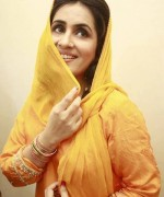 Pakistani Actress Sabreen Hisbani Profile And Pictures004